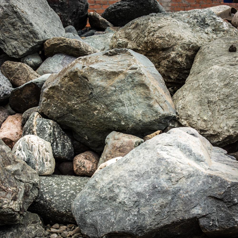 как выглядит камень змеевик